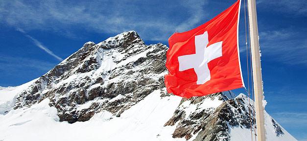 schweiz_flagge_berg_schnee-627x288
